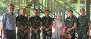 Tim Kostrad AASAM dengan Majalah Menembak