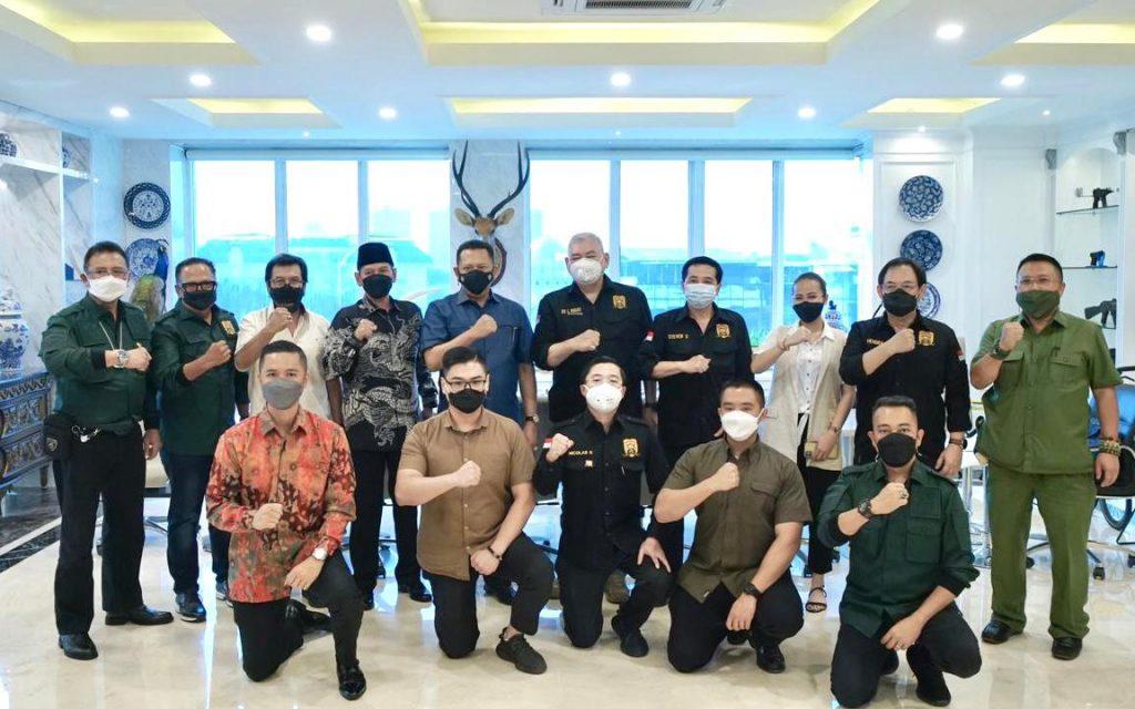 Perkumpulan Pemilik Izin Khusus Senjata Api Bela Diri (PERIKHSA)